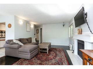 Photo 5: # 101 9584 MANCHESTER DR in Burnaby: Cariboo Condo for sale (Burnaby North)  : MLS®# V1137047