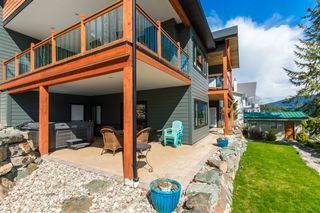 Photo 11: 10 8200 Squilax-Anglemont Road in Anglemont: Melo Beach House for sale : MLS®# 10158135