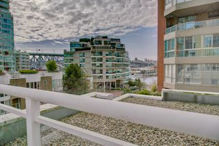 Photo 25: 910 Beach Ave in Vancouver: Condo for lease