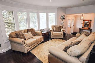 Photo 3: 56 FAIRWAY Drive in Edmonton: Zone 16 House for sale : MLS®# E4165530
