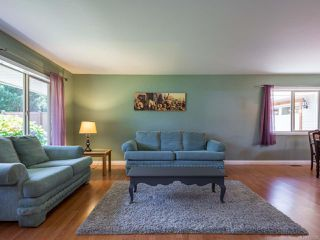 Photo 3: 2561 Webdon Rd in COURTENAY: CV Courtenay West House for sale (Comox Valley)  : MLS®# 822132