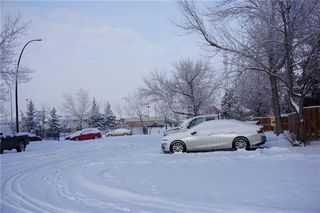 Photo 2: 5407 1 Avenue SE in Calgary: Penbrooke Meadows Row/Townhouse for sale : MLS®# C4280120