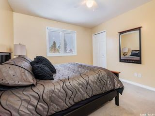 Photo 18: 551 Tobin Crescent in Saskatoon: Lawson Heights Residential for sale : MLS®# SK798034