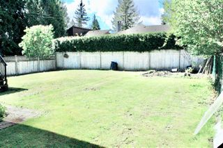 Photo 10: 8999 146 Street in Surrey: Bear Creek Green Timbers House for sale : MLS®# R2452424