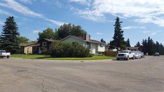 Photo 1: 2543 89 Street in Edmonton: Zone 29 House for sale : MLS®# E4211881