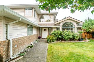 "Photo 3: 15297 28A Avenue in Surrey: King George Corridor House for sale in ""SUNNYSIDE"" (South Surrey White Rock)  : MLS®# R2498853"