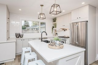 Photo 2: 9208 62 Street in Edmonton: Zone 18 House for sale : MLS®# E4216622