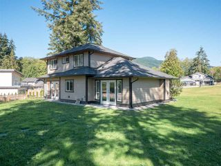 Photo 23: 1439 MOONDANCE Place in Gibsons: Gibsons & Area House for sale (Sunshine Coast)  : MLS®# R2505477