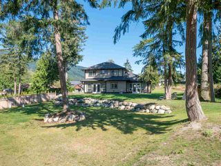 Photo 22: 1439 MOONDANCE Place in Gibsons: Gibsons & Area House for sale (Sunshine Coast)  : MLS®# R2505477