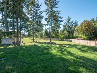 Photo 3: 1439 MOONDANCE Place in Gibsons: Gibsons & Area House for sale (Sunshine Coast)  : MLS®# R2505477