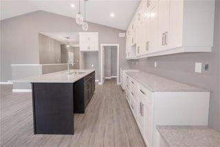 Photo 5: 118 Harvard Avenue in Winnipeg: West Transcona Residential for sale (3L)  : MLS®# 202026233