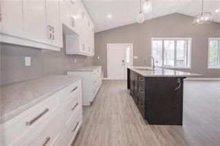 Photo 12: 118 Harvard Avenue in Winnipeg: West Transcona Residential for sale (3L)  : MLS®# 202026233