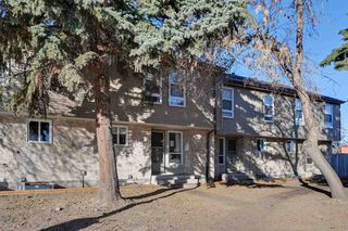 Photo 3: 3376 116A Avenue in Edmonton: Zone 23 Townhouse for sale : MLS®# E4219944