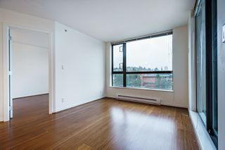 "Photo 14: 1005 813 AGNES Street in New Westminster: Downtown NW Condo for sale in ""NEWS"" : MLS®# R2526591"