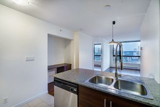 "Photo 8: 1005 813 AGNES Street in New Westminster: Downtown NW Condo for sale in ""NEWS"" : MLS®# R2526591"