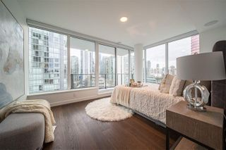 """Photo 19: 1303 620 CARDERO Street in Vancouver: Coal Harbour Condo for sale in """"CARDERO"""" (Vancouver West)  : MLS®# R2527944"""