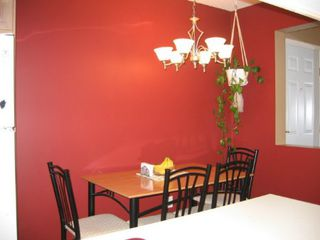 Photo 5: 331, 13880 70 Avenue, Surrey: Condo for sale (East Newton)  : MLS®# 2409726