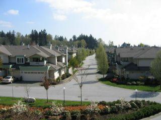 Photo 7: 331, 13880 70 Avenue, Surrey: Condo for sale (East Newton)  : MLS®# 2409726