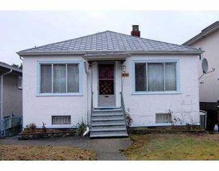 Photo 1: 2533 PARKER ST in Vancouver: House for sale (Renfrew VE)  : MLS®# V801799