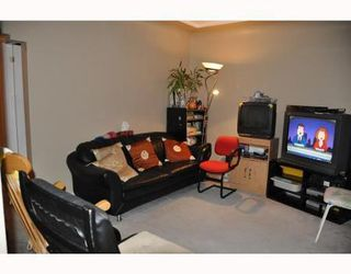 Photo 2: 2533 PARKER ST in Vancouver: House for sale (Renfrew VE)  : MLS®# V801799
