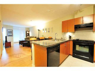 "Photo 2: # 303 2520 MANITOBA ST in Vancouver: Mount Pleasant VW Condo for sale in ""THE VUE"" (Vancouver West)  : MLS®# V930661"