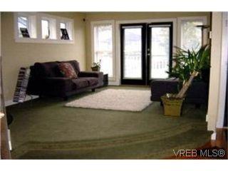 Photo 2:  in VICTORIA: Vi Jubilee House for sale (Victoria)  : MLS®# 389539