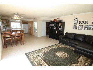 Photo 2: OCEANSIDE House for sale : 4 bedrooms : 1782 Terraza Street