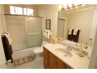 Photo 16: OCEANSIDE House for sale : 4 bedrooms : 1782 Terraza Street