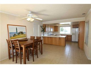Photo 5: OCEANSIDE House for sale : 4 bedrooms : 1782 Terraza Street