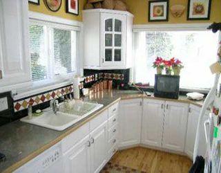 Photo 3: 1540 BEWICKE AV in North Vancouver: Hamilton House for sale : MLS®# V586681