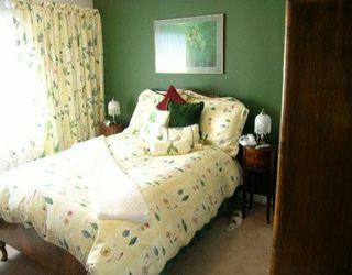 Photo 4: 1540 BEWICKE AV in North Vancouver: Hamilton House for sale : MLS®# V586681