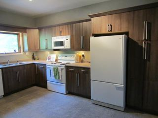 Photo 2: 241 Atlantic Avenue in WINNIPEG: North End Residential for sale (North West Winnipeg)  : MLS®# 1216740
