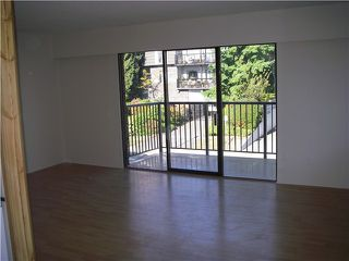 Photo 3: 303 155 E 5TH Street in North Vancouver: Lower Lonsdale Condo for sale : MLS®# V967983