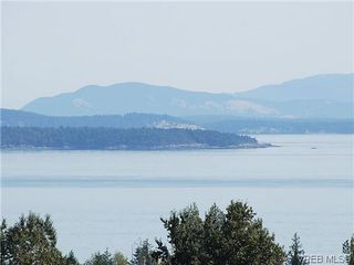 Photo 13: 204 758 Sayward Hill Terrace in VICTORIA: SE Cordova Bay Condo Apartment for sale (Saanich East)  : MLS®# 315654