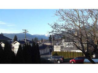 """Photo 2: 12 237 W 16TH Street in North Vancouver: Central Lonsdale Townhouse for sale in """"WINCHESTER GATE"""" : MLS®# V989548"""