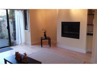 """Photo 3: 12 237 W 16TH Street in North Vancouver: Central Lonsdale Townhouse for sale in """"WINCHESTER GATE"""" : MLS®# V989548"""