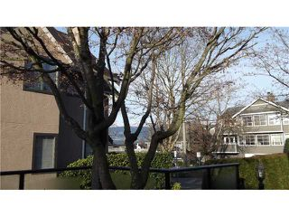 """Photo 1: 12 237 W 16TH Street in North Vancouver: Central Lonsdale Townhouse for sale in """"WINCHESTER GATE"""" : MLS®# V989548"""