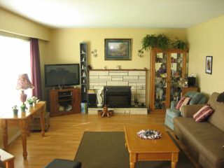 Photo 2: 45411 BERNARD AV in Chilliwack: Chilliwack W Young-Well House for sale : MLS®# H1301165