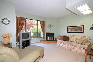 "Photo 3: 3355 SEFTON Street in Port Coquitlam: Glenwood PQ Townhouse for sale in ""BURKEVIEW"" : MLS®# V1006522"