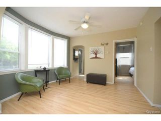 Photo 3: 280 Brooklyn Street in WINNIPEG: St James Residential for sale (West Winnipeg)  : MLS®# 1318832