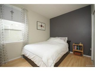 Photo 5: 280 Brooklyn Street in WINNIPEG: St James Residential for sale (West Winnipeg)  : MLS®# 1318832