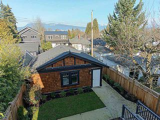 Photo 11: 4437 W 15TH AV in Vancouver: Point Grey House for sale (Vancouver West)  : MLS®# V1043897
