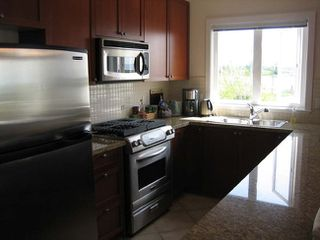 Photo 6: 201 4233 Bayview Street in The Village: Home for sale : MLS®# V821799