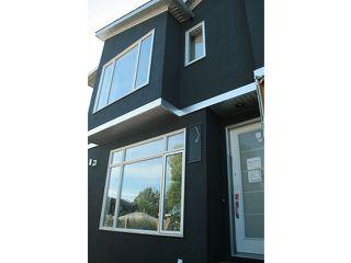 Photo 2:  in Calgary: Killarney_Glengarry Townhouse for sale