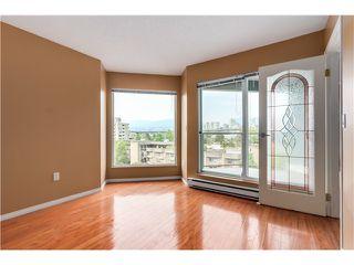 "Photo 4: 306 1345 W 4TH Avenue in Vancouver: False Creek Condo for sale in ""GRANVILLE ISLAND VILLAGE"" (Vancouver West)  : MLS®# V1079641"