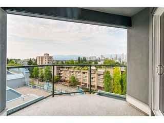 "Photo 13: 306 1345 W 4TH Avenue in Vancouver: False Creek Condo for sale in ""GRANVILLE ISLAND VILLAGE"" (Vancouver West)  : MLS®# V1079641"