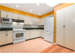"Photo 9: 306 1345 W 4TH Avenue in Vancouver: False Creek Condo for sale in ""GRANVILLE ISLAND VILLAGE"" (Vancouver West)  : MLS®# V1079641"