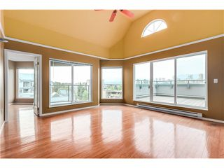 "Photo 2: 306 1345 W 4TH Avenue in Vancouver: False Creek Condo for sale in ""GRANVILLE ISLAND VILLAGE"" (Vancouver West)  : MLS®# V1079641"