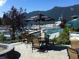 Photo 3: ~ PUB / LIQUOR STORE ~ in : Shuswap Lake Commercial for sale : MLS®# 10102617