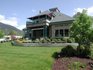 Photo 4: ~ PUB / LIQUOR STORE ~ in : Shuswap Lake Commercial for sale : MLS®# 10102617